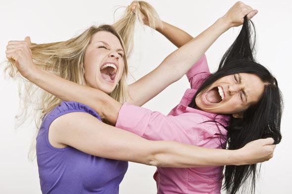 fighting-women